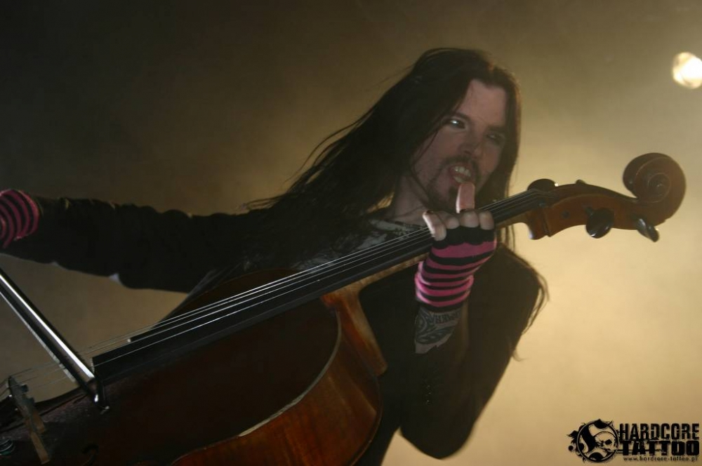 apocalyptica_knock_out_festival_krakw_2009_20090713_1193262523