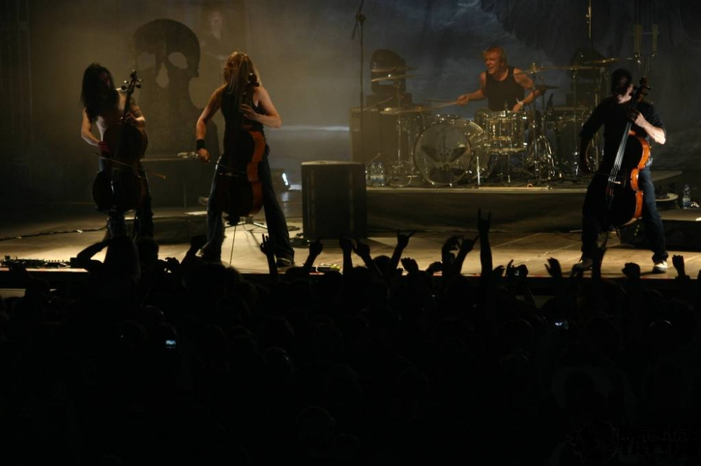 apocalyptica_knock_out_festival_krakw_2009_20090713_1217589534